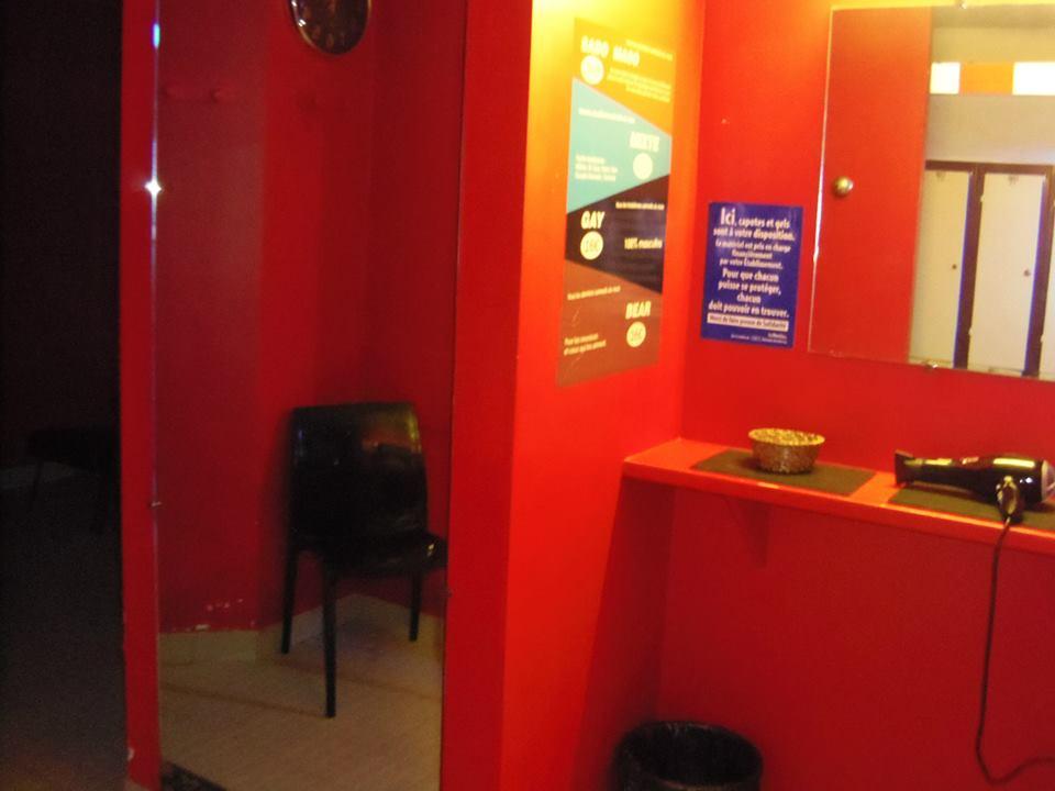 steamer sauna hammam paris club paris france. Black Bedroom Furniture Sets. Home Design Ideas