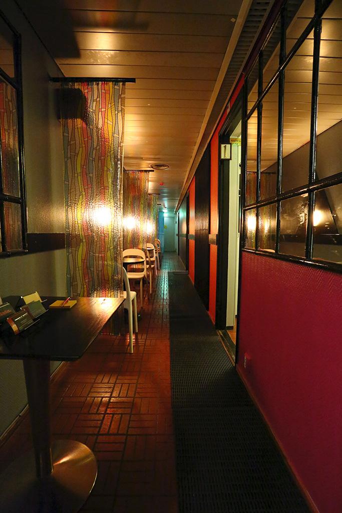 sauna vogue helsinki finland. Black Bedroom Furniture Sets. Home Design Ideas