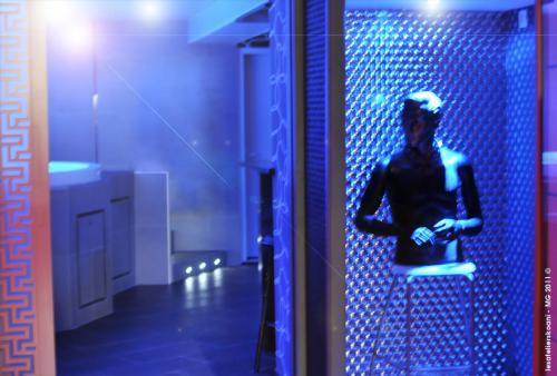 France Gay Sauna and Cruise Club Index - Travel Gay